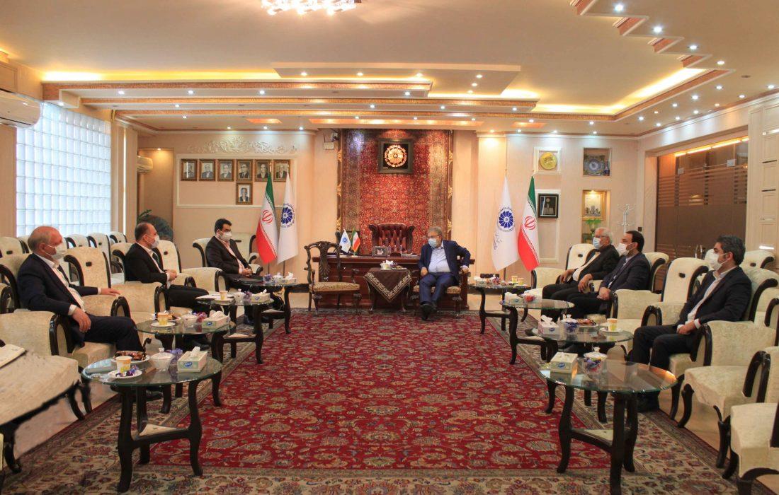 آمادگی بخش خصوصی استان برای همکاری با بازرگانان آذربایجان و ارمنستان